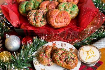 Santa's Potato Pretzels With Eggnog Cream