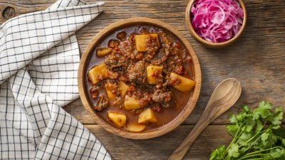 Slow Cooker Mexican Potato & Beef Stew